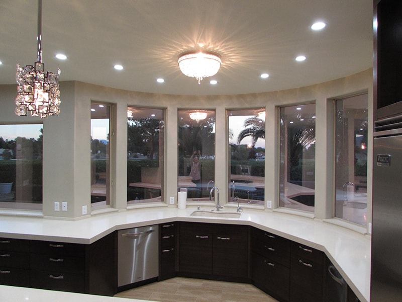Kitchen-caesar-stone-counters-led-lighting