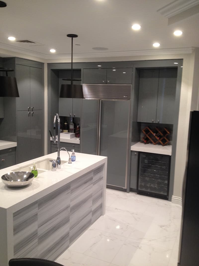 kitchen-lacquered-cabinetry-grey-cabinets