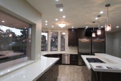 Kitchen-pendant-lights-over-island-cesar-stone-counters